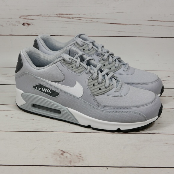 Nike Air Max 90 Gray and White Size 9 M NWT